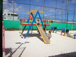 beach-stop-stela