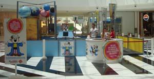 Espaço Brincadeira Maluquinha no Shopping Paralela