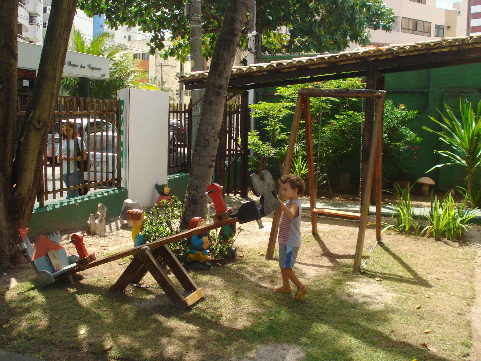 Restaurantes para ir com crian as xx brisa - Parque infantil casa ...